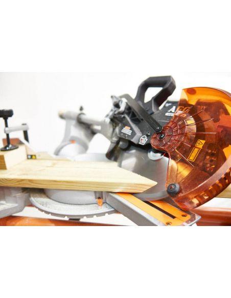 Coupe biseau de bois avec scie à onglet radiale AEG 18V BPS18-254BL-0