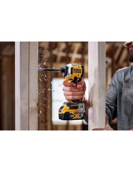 fixation cale en bois avec visseuse a choc dewalt 18v dcf850